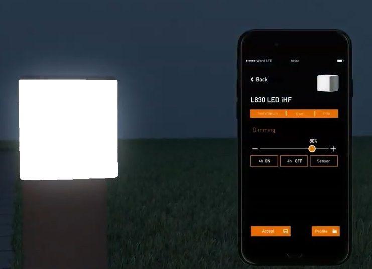 lampa z aplikacją do sterowania